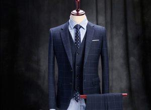 Minh họa cavat hợp với vest xanh
