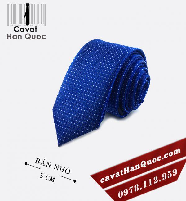 cà vạt chấm bi xanh dương