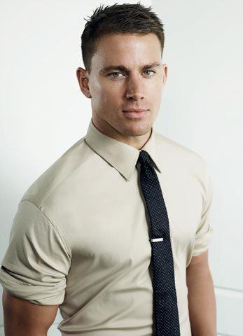 cà vạt nam bản nhỏ chấm bi xanh đen trẻ trung, khỏe khoắn