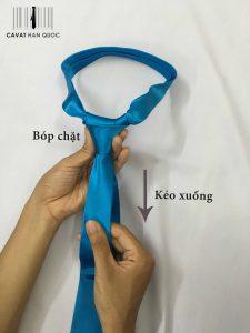 thắt cà vạt bản nhỏ
