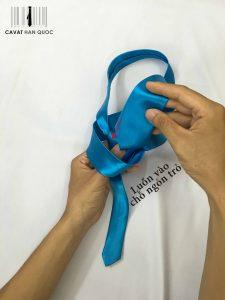 cách thắt cà vạt đồng phục học sinh