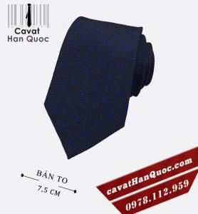 Cà vạt nam bản to màu xanh than chấm bi xanh dương