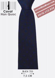 Cà vạt nam chấm bi bản to thắt kép