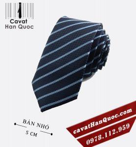 Cà vạt bản nhỏ xanh than kẻ bạc