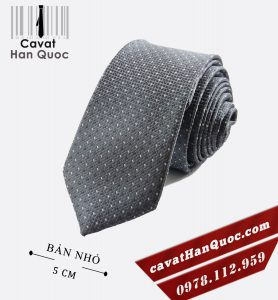 Cà vạt bản nhỏ màu xám nhạt chấm bi