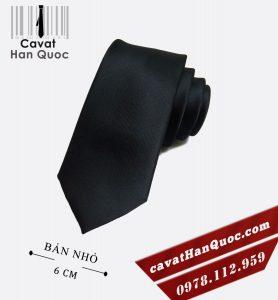 Cà vạt nam màu đen bản nhỏ cao cấp 6 cm