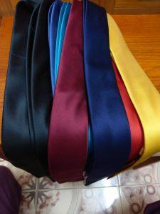 Cà vạt nam bản nhỏ cao cấp với chất vải ford mềm mịn, không phai màu