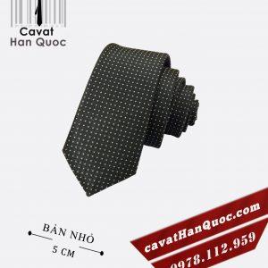 Cà vạt đen chấm bi trắng bản nhỏ 5 cm