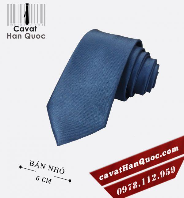 Cà vạt xanh dương nhạt cao cấp bản nhỏ 6 cm