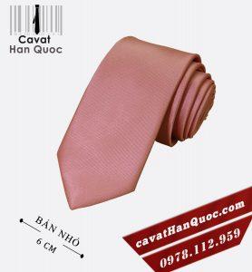 Cà vạt hồng đất cao cấp bản nhỏ 6 cm