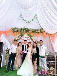 Mặc gì trong những đám cưới truyền thống