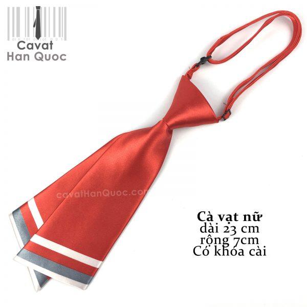 Cà vạt đỏ tươi