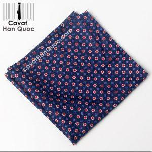 Khăn cài túi áo vest màu xanh than hoa đỏ hoa xanh dương