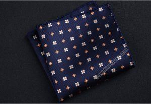 Khăn cài túi áo vest màu xanh than hoa tiết hoa trắng cam