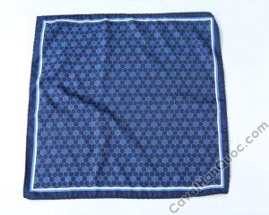 Khăn cài túi áo vest màu xanh than viền trắng họa tiết tròn kiểu tổ ong