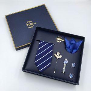 Set cà vạt xanh dương đậm kẻ sọc trắng