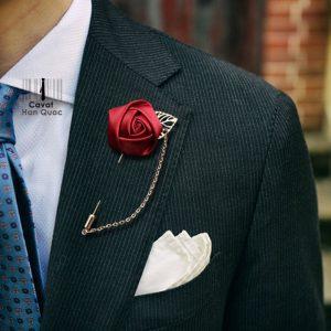 Ghim cài áo vest hoa hồng